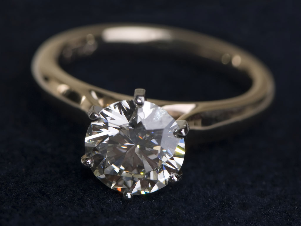 or ring right your st jewelry a estate watch to louis sell diamond place the jewellery buyers